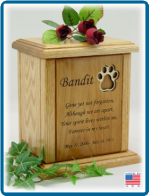 Pet Cremation Urn - Maple Pawprint Inlay